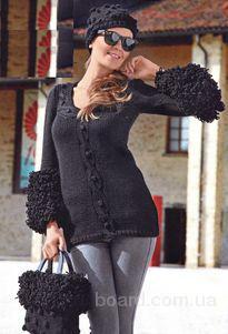 Вязаный пуловер с меховыми рукавами