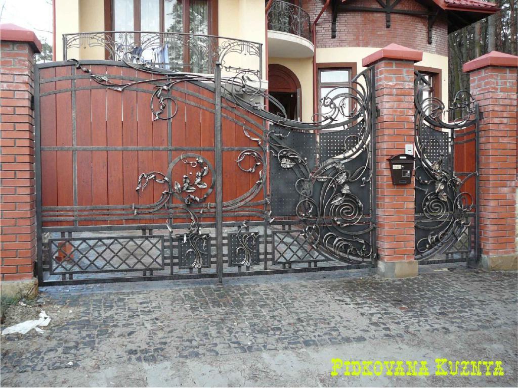 Кованые ворота калитки продам