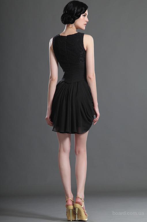 Черное прекрасное коктейльное платье