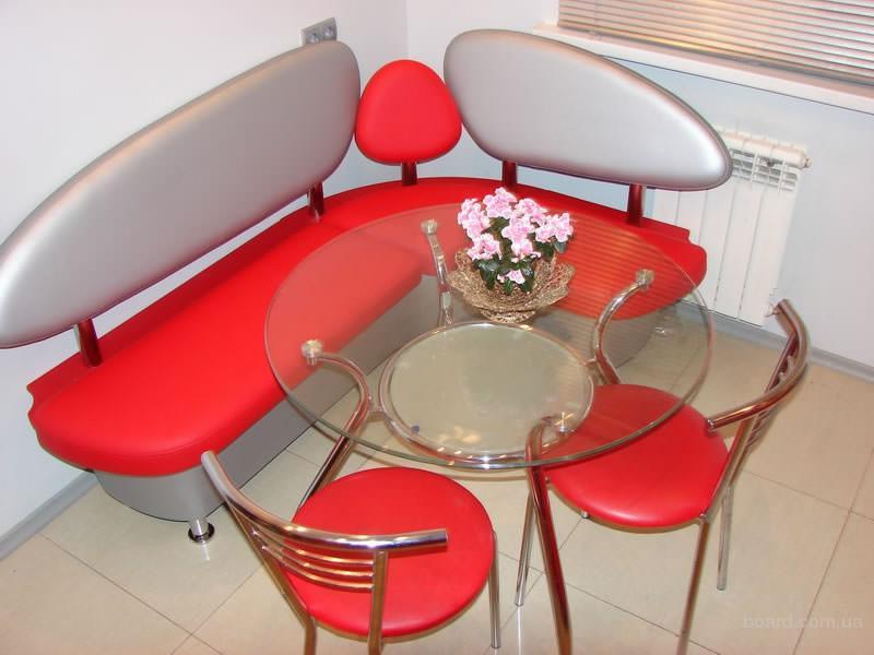 Заказать угловой диван стол стулья на кухню