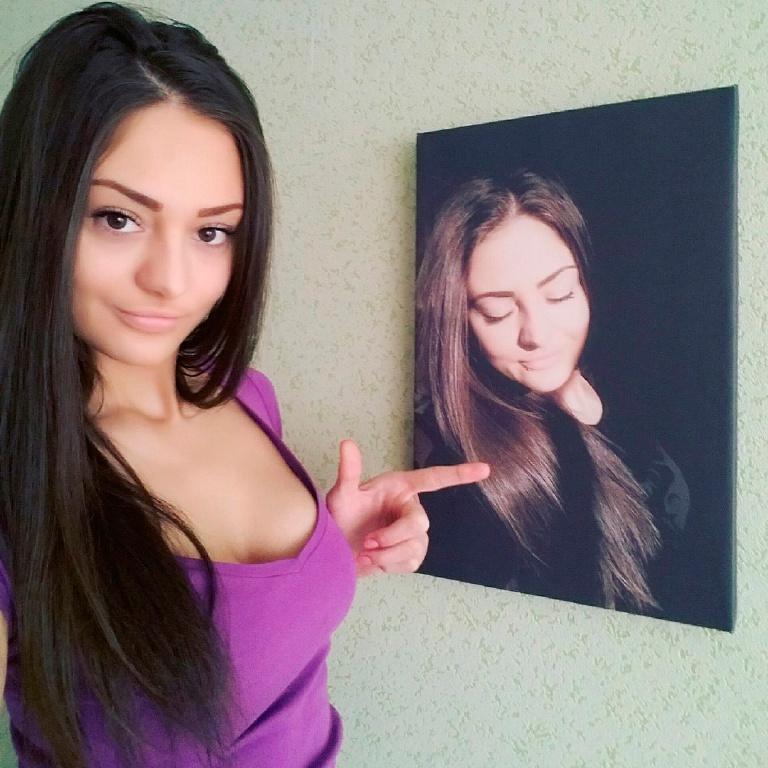 Картины на холсте - продам. Цена ...: www.board.com.ua/m1112-2002064403-kartinyi-na-holste.html