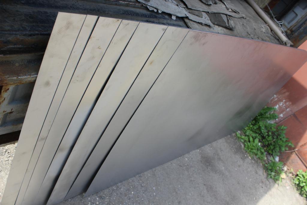 Титановый лист ВТ 1-0