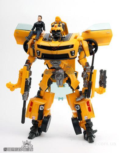 Робот-трансформер Бамблби с Сэмом со звуковыми и световыми эффектами