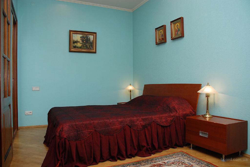 3-комнатная с евроремонтом м.Лукьяновка