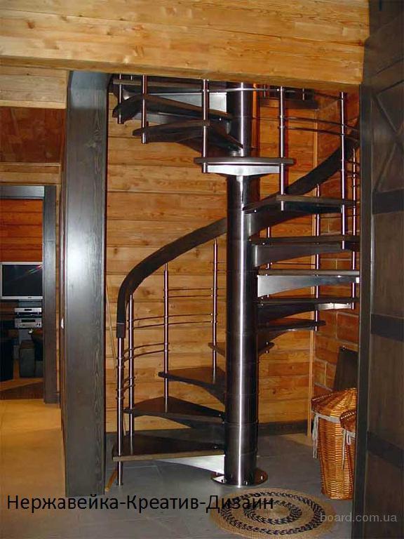 Лестница из нержавеющей стал из итальянской трубы