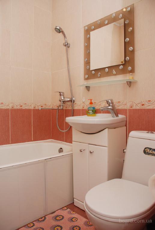 2-комнатная с хорошим ремонтом м.Дружбы Народов 1 мин.