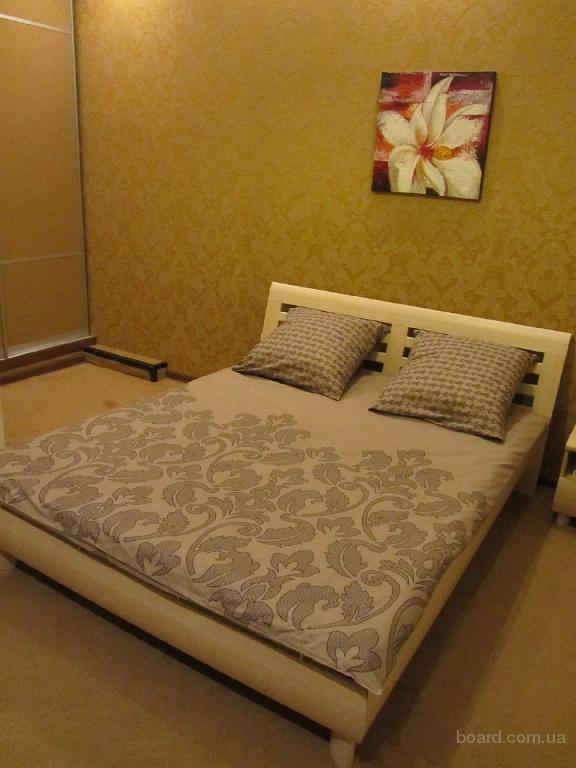 Сдам посуточно ,почасово ,понедельно 2к квартиру в Центре Харькова 3мин м Пушкинская