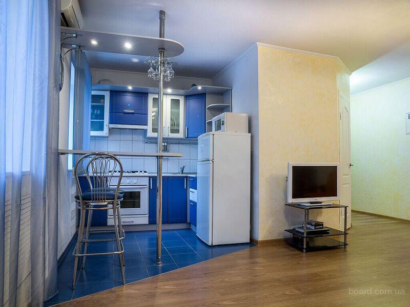 Посуточно, почасово своя двухкомнатная квартира, Евроремонт, Wi-Fi.