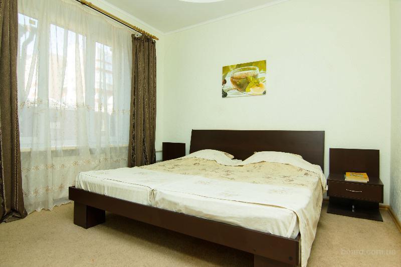 Сдам 2-х комнатную квартиру в центре с евроремонтом посуточно.