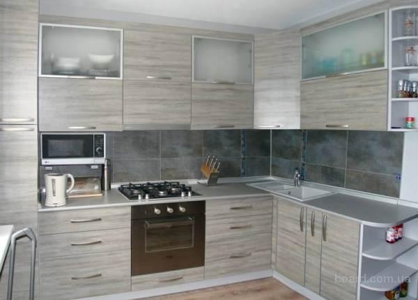 Кухни с ламинированными фасадами (ЛДСП)