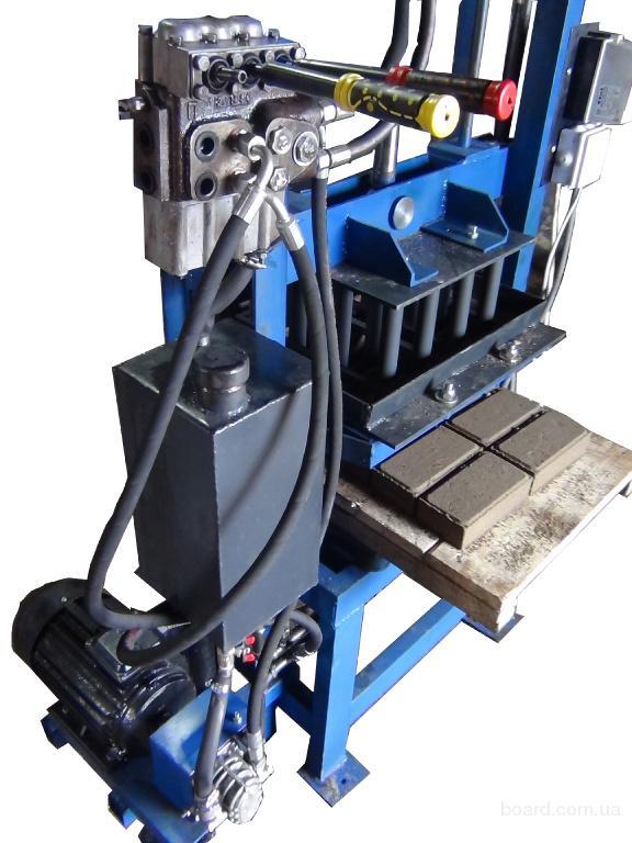 Гидравлический вибропрес для производства  шлакоблоков и плитки