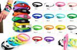 Спортивные водонепроницаемые модные разноцветные часы