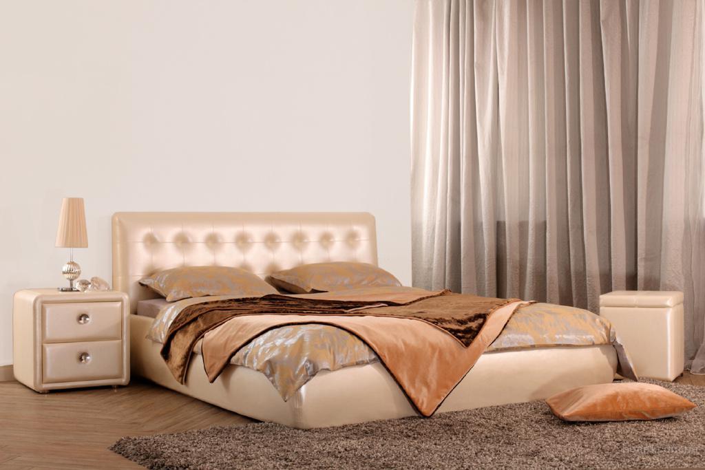 Комфортная и современная двуспальная кровать