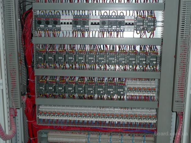 поиск работы электрика в москве