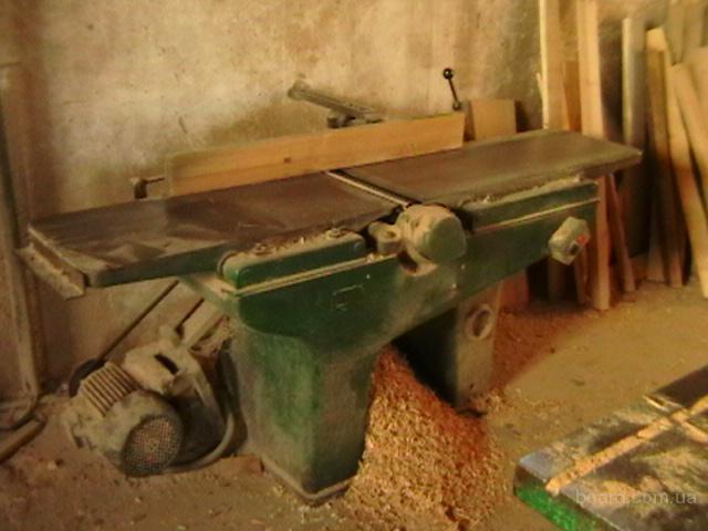 Продам комплект заводских б/у станков в хорошем состоянии для столярного цеха ,а именно: -комбинированный К 40...