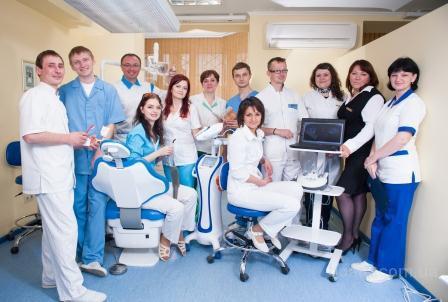 Безболезненная имплантация зубов по невероятно доступной цене.