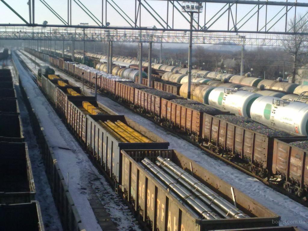 В управлении Северо-Кавказской железной дороги, в студиях Краснодарского, Минераловодского, Махачкалинского и...
