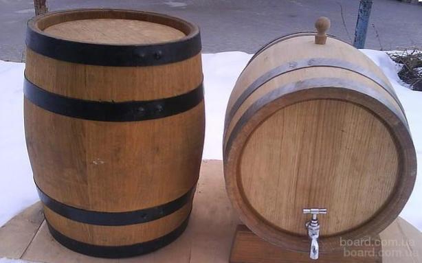 Деревянные бочки из дуба для вина и солений