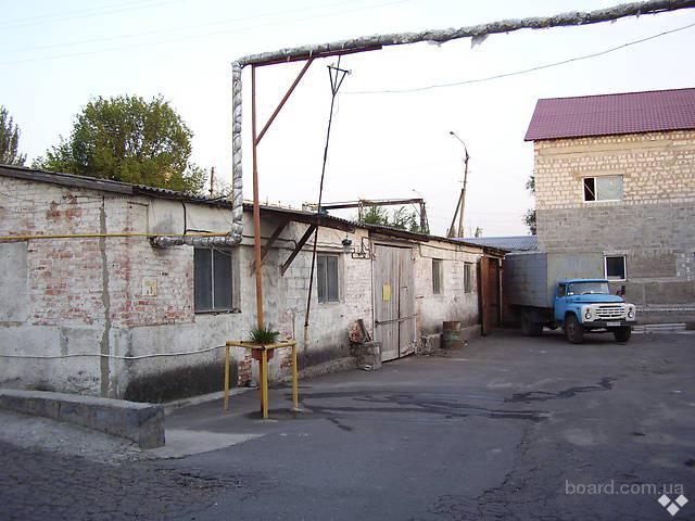 Сдам в аренду складские помещения 1000 м2, есть помещение для офиса ,  ул. Руднева