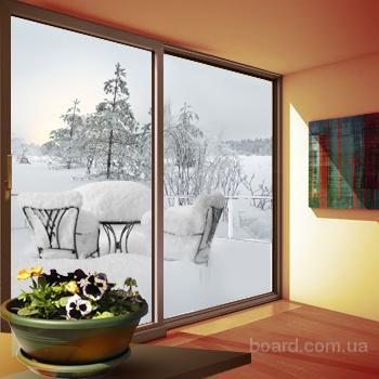 Раздвижные двери между балконом и комнатой
