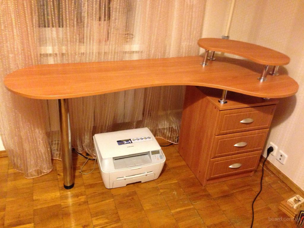 Письменный стол продам в украина. цена 700 грн. (купить, куп.