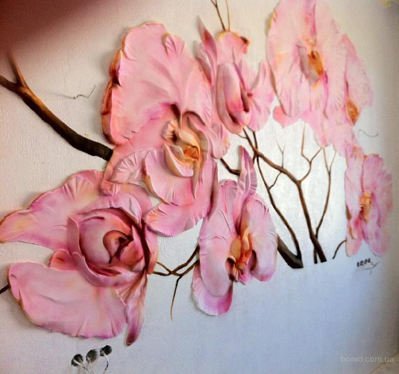 Лепка на стене цветы