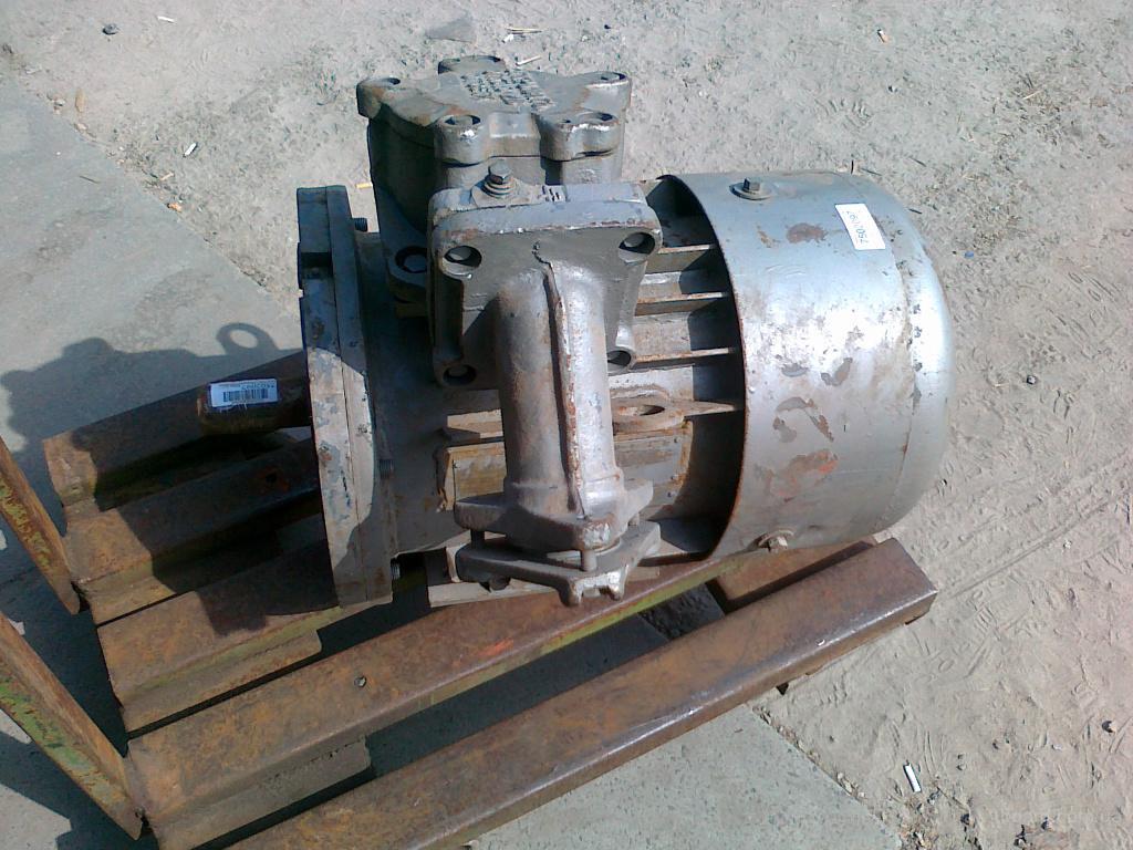 Электродвигатели б/у, с хранения