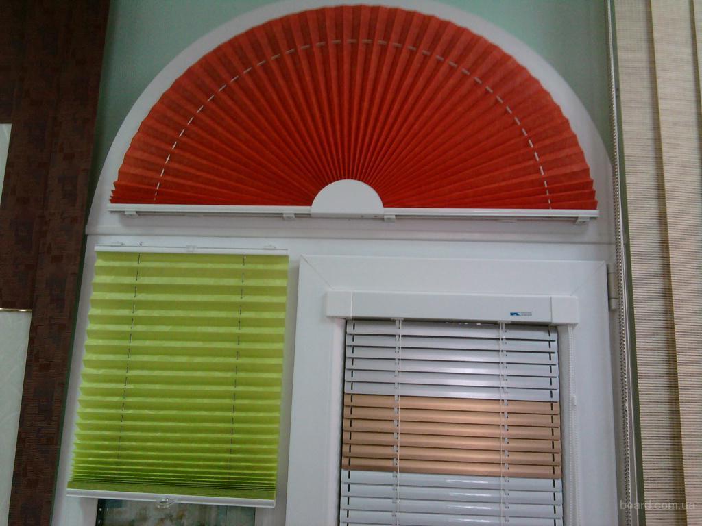 Металлопастиковые окна, двери, жалюзи, ролеты. продам в феод.