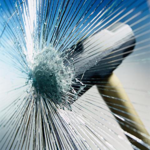 Бронировка  стеклопакетов, Установка защитных пленок на оконные стекла