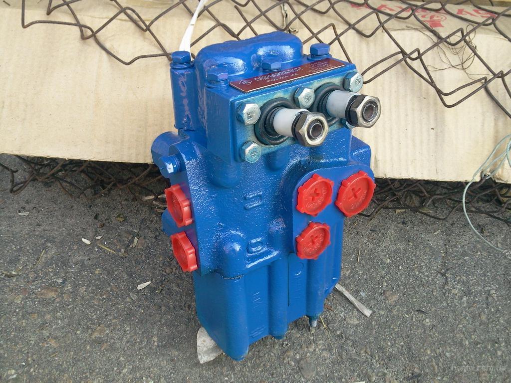 Гидрораспределитель Р80-3/1-22, Р80-3/1-44 применяются в тракторах Т-16, Т-25 Ремонт вашего Гидрораспределителя...