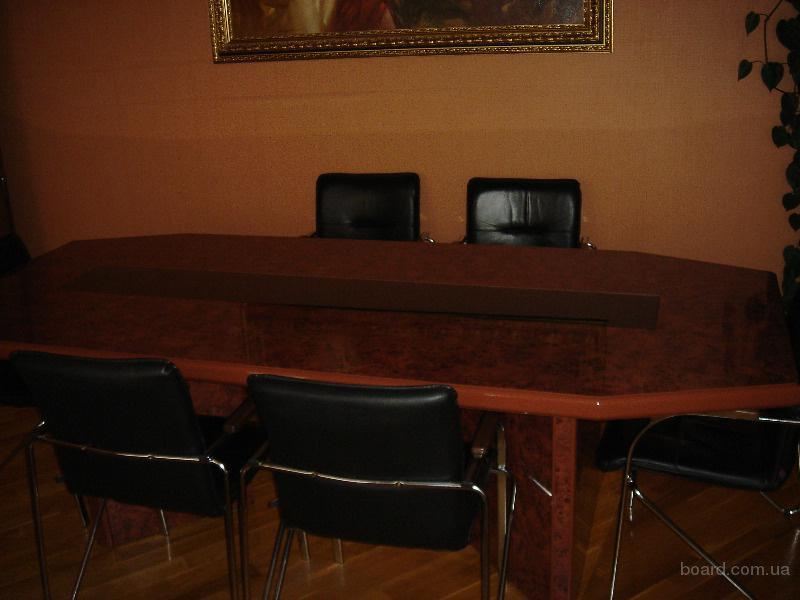 Продается офисная мебель в отличном состоянии производства компании «Артель» (Украина)