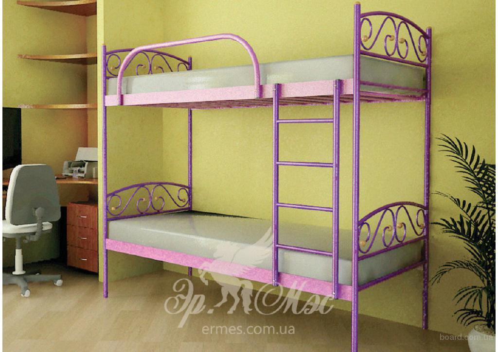 Двухъярусную кровать с диваном
