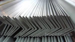 Алюминиевый уголок равносторонний АД31
