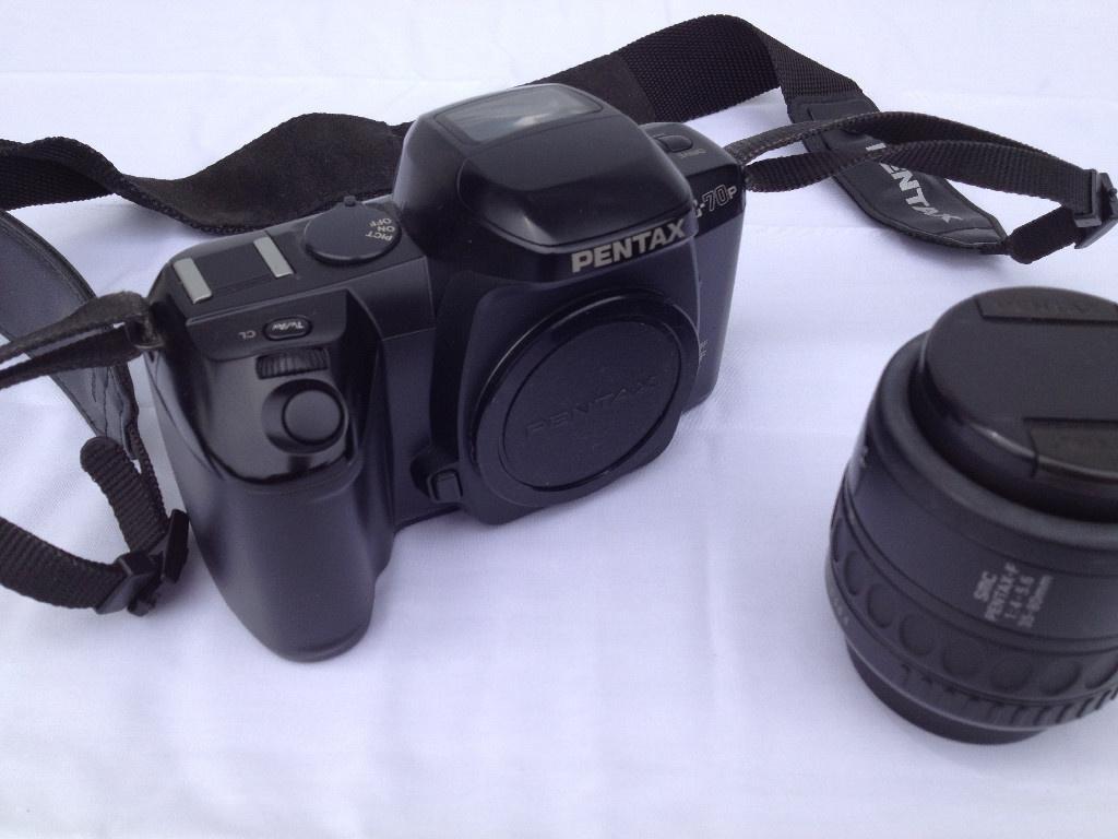 Pentax Z-70p + SMC Pentax-F  35-80mm 1:4-5.6