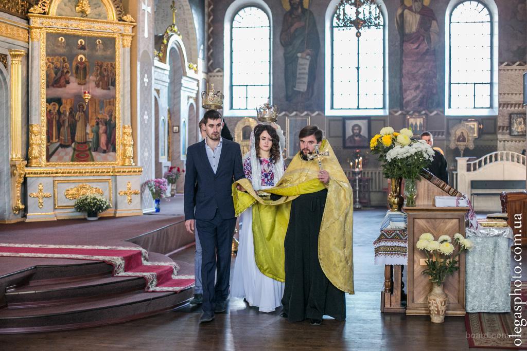 Профессиональные фотографии - залог долгих воспоминаний о венчании