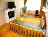2 комнатная квартира VIP уровня посуточно, Днепровская Набережная 26. Рядом метро Осокорки