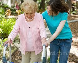 Сиделка для больного или пожилого