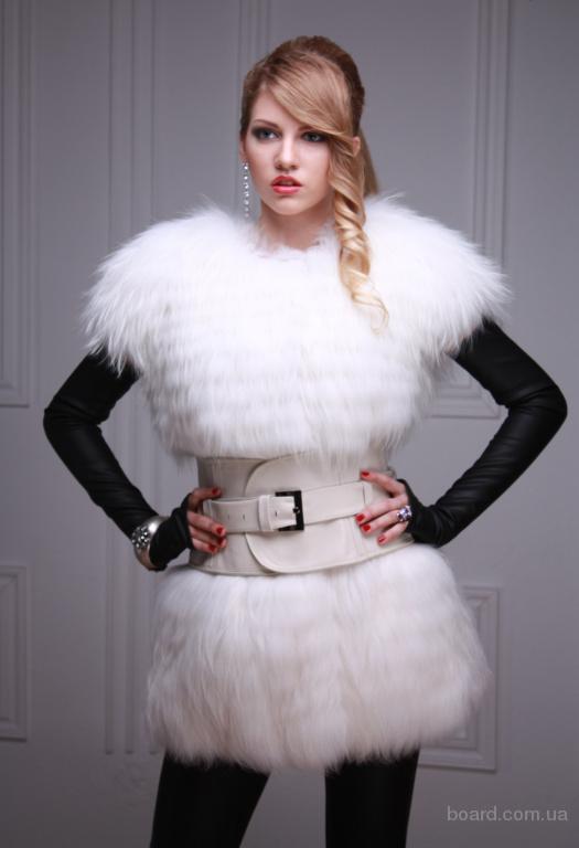Жилет жилетка из полярной лисы