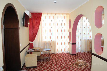 Апартаменты в гостинице Днепропетровска, центр