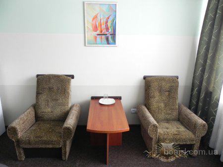 Стандарт  номер в гостиничном комплексе Днепропетровска