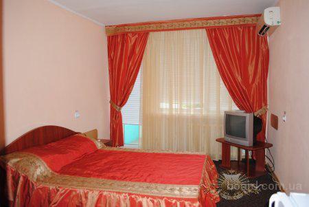 Улучшенный номер в отеле Днепропетровска