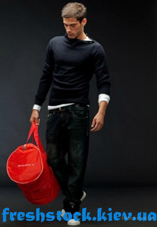Стоковая брендовая одежда доставка