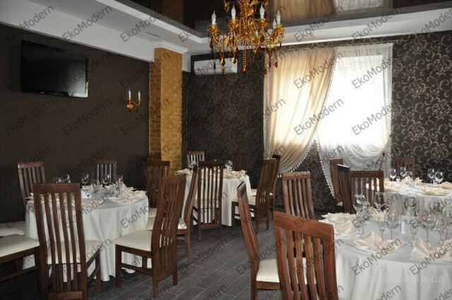 Продам столы и стулья из дерева для ресторанов и кафе от производителя