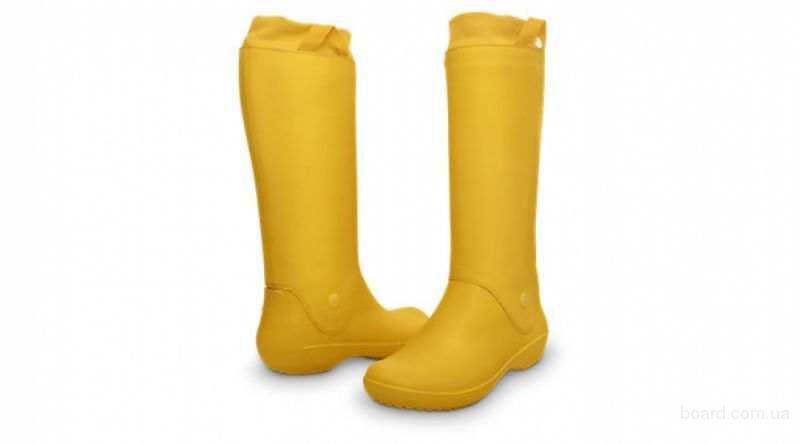 Желтые сапоги крокс