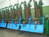 Установка измельчителя на кукурузные жатки John Deere, Claas, Massey Ferguson, Case