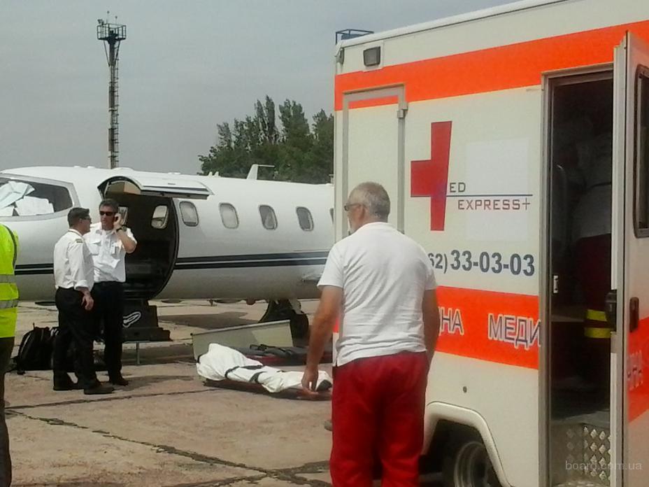 перевезти больного из Черкасс в Москву