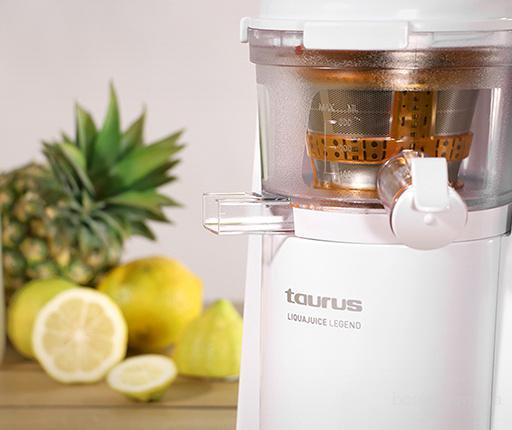 Соковыжималка шнековая Liquajuice - 80 оборотов - для живых соков из любых фруктов и овощей! Купить соковыжималку.