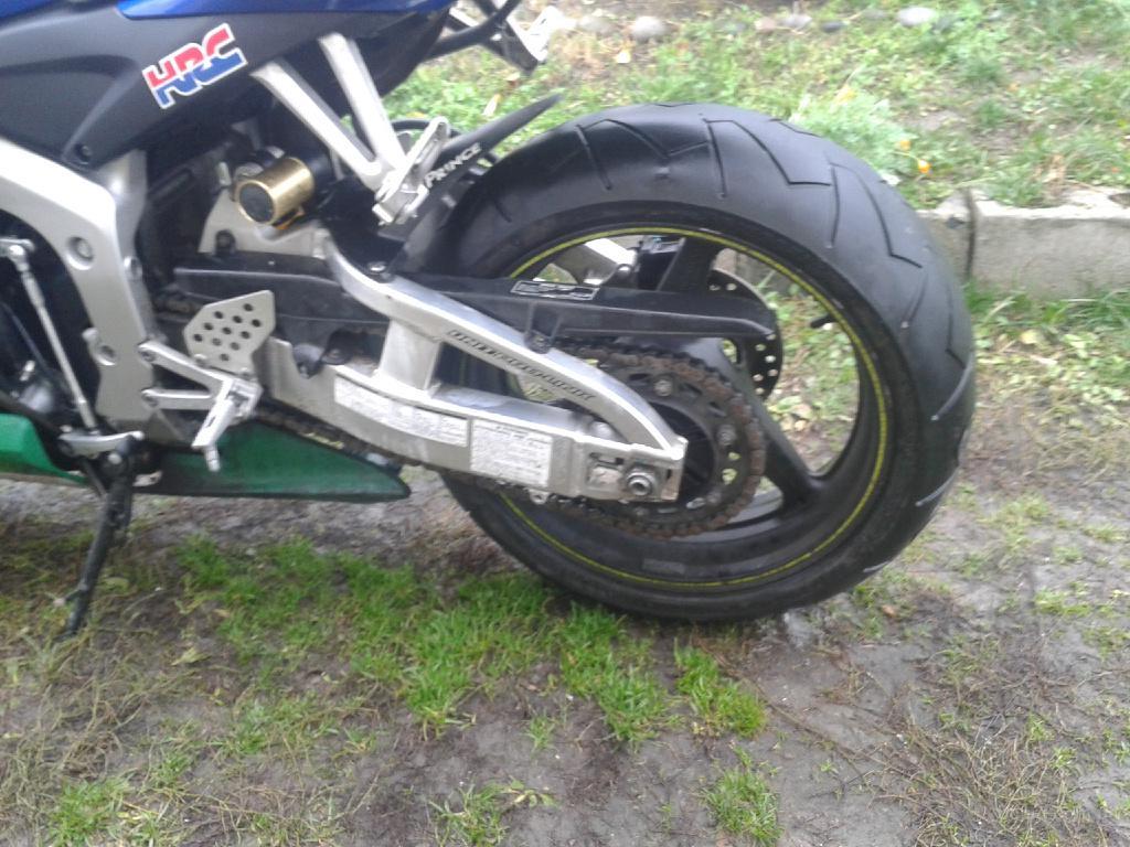 Бу запчасти на мотоцикл suzuki