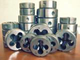 Плашки круглые, метрические, трубные, конические, гребенки резьбонакатные, ролики.
