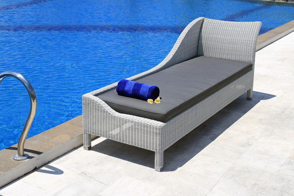 Мебель для и спа из ротанга